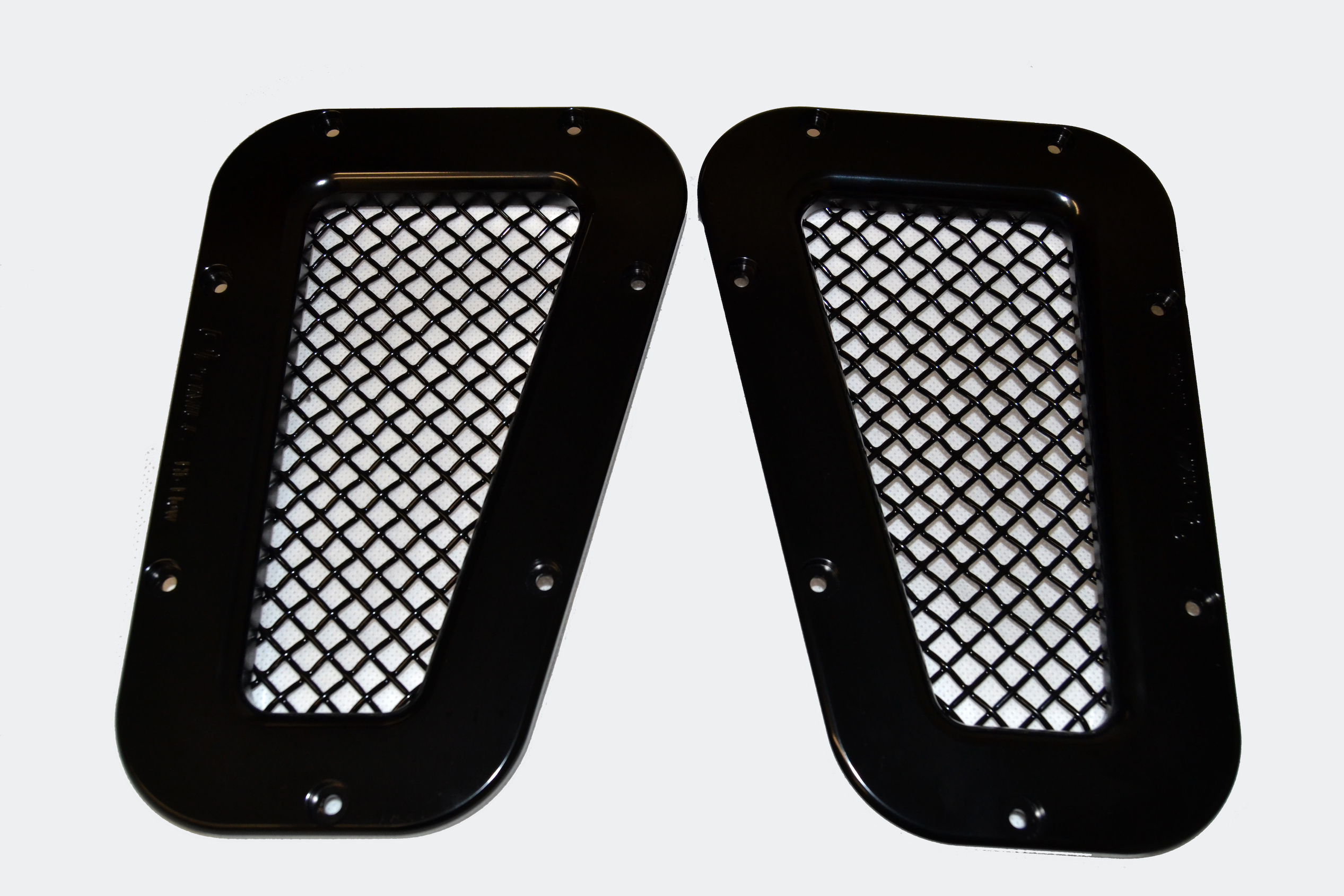 Landrover Defender Black/Black Mesh Wing Top Vents