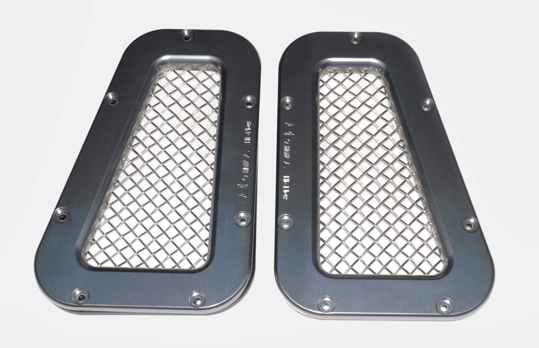 Landrover Defender Silver/Silver Mesh Wing Top Vents