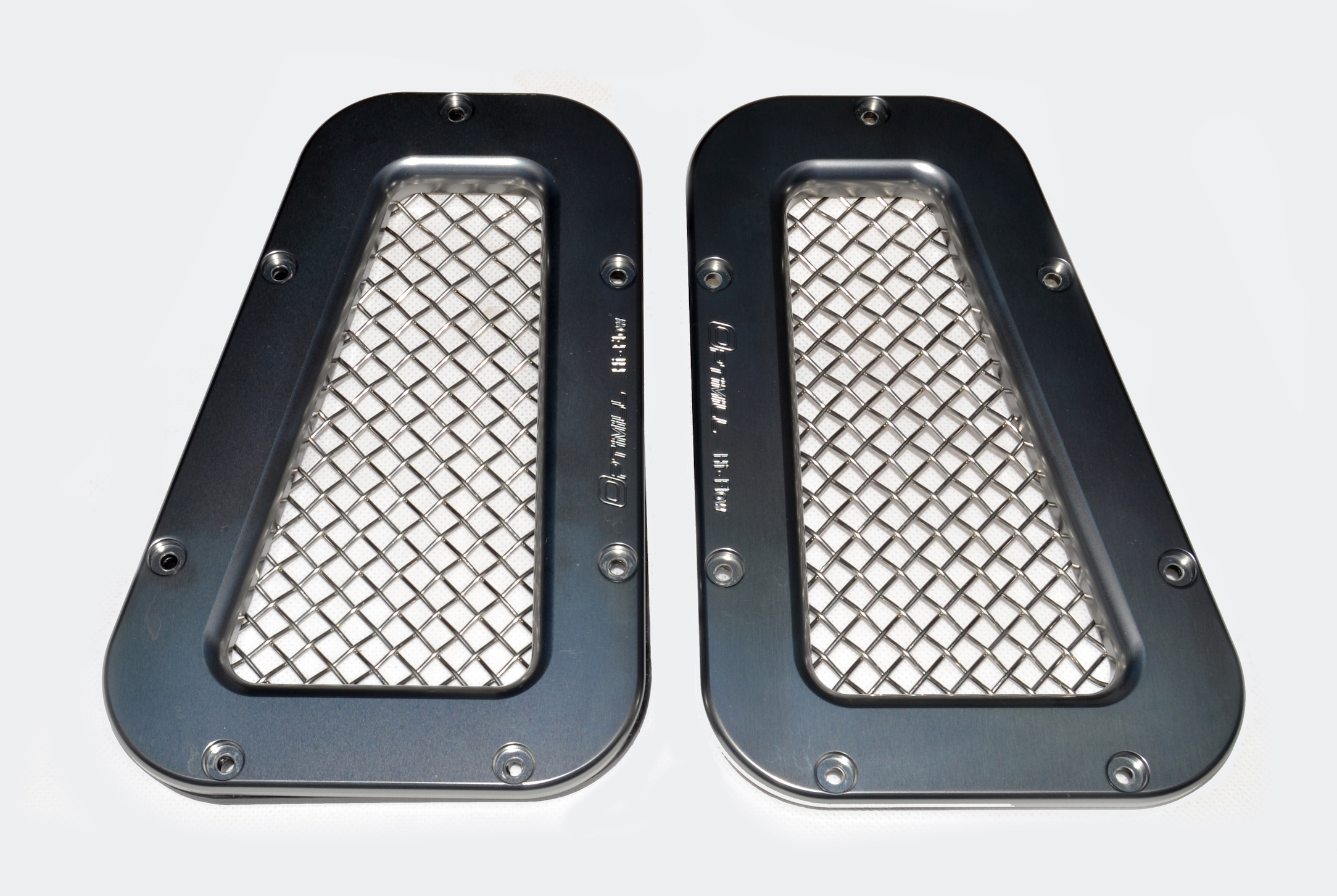 Landrover Defender New Grey/Silver Mesh Wing Top Vents